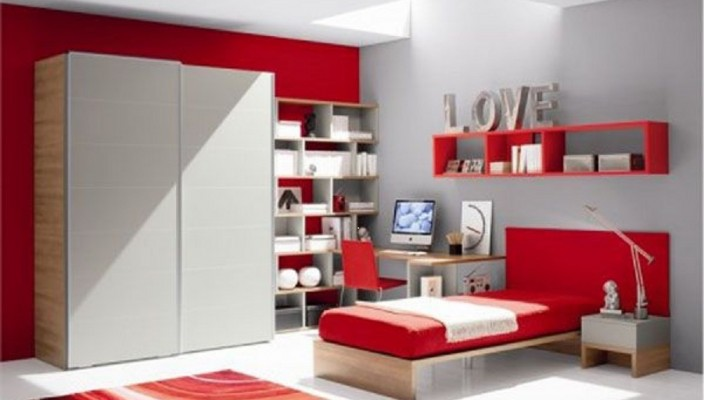 Creative Bedroom Idea in Red and White for Girls