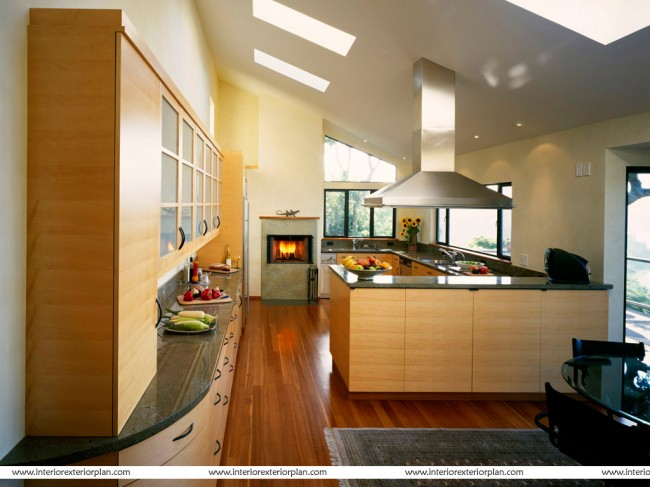 Get a lavish kitchen with a good color combination