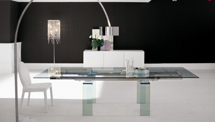 A modern yet earthly dining room