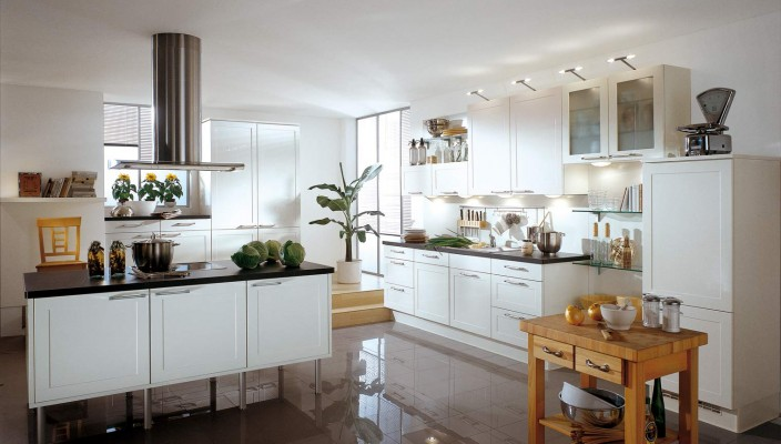 Arte White High Gloss Kitchen Design