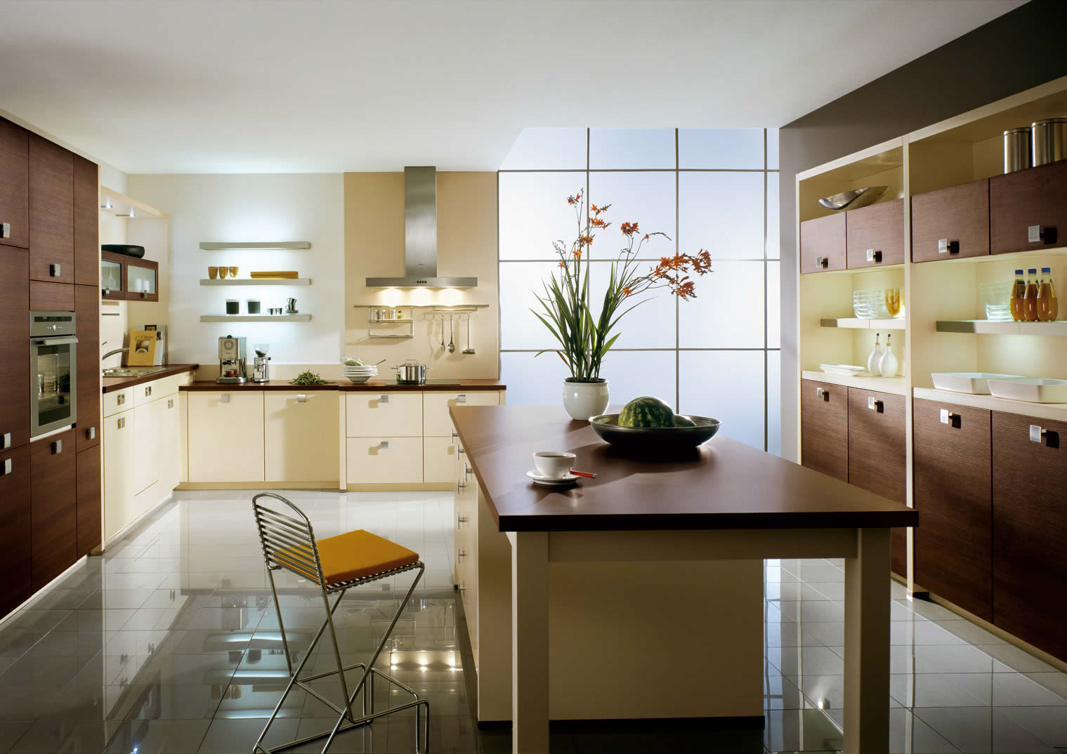 Spacious Vanilla Kitchen Design