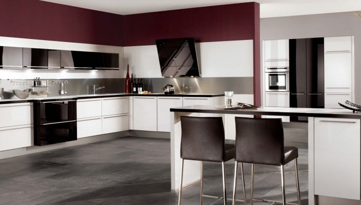 Glassline White Ultra High Gloss Kitchen Design