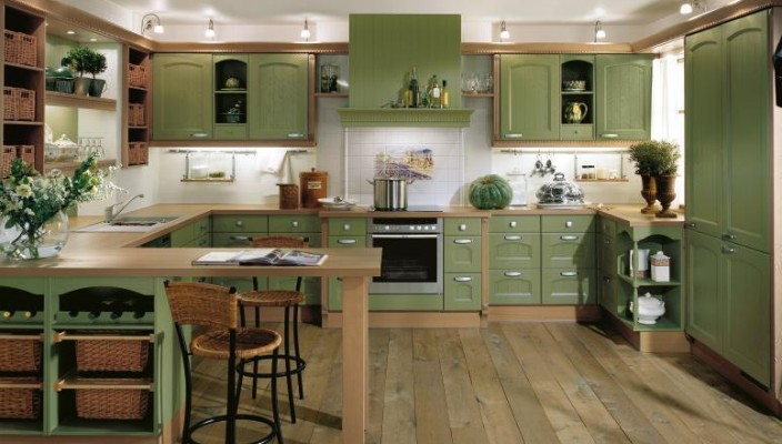 Lavish green kitchen