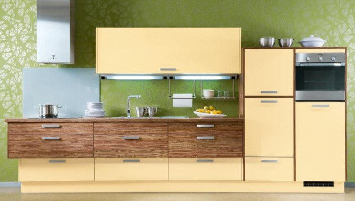 Modern Kitchen Design with Cream Cabinets