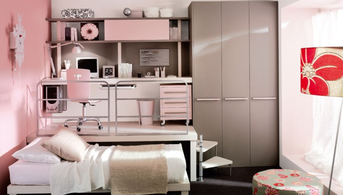 Superbe Baby Pink Teen Bedroom