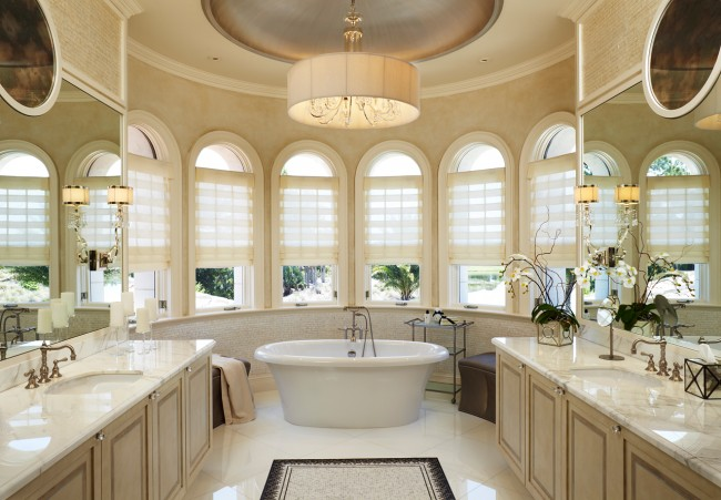 Unique Bathroom Design for Majestic Appeal