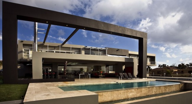 Joc House Exterior 01 by Nico van der Meulen Architects