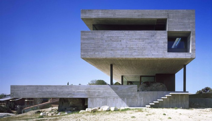 Pitch's House by Inaqui Carnicero - Exterior Design 01