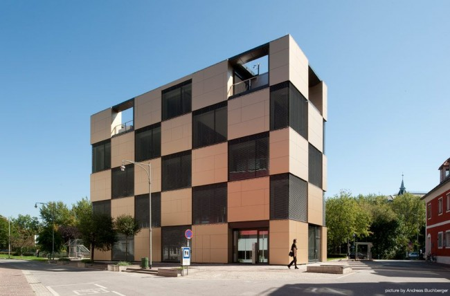nik building by ate­lier thomas pucher and alfred bram­berger 03