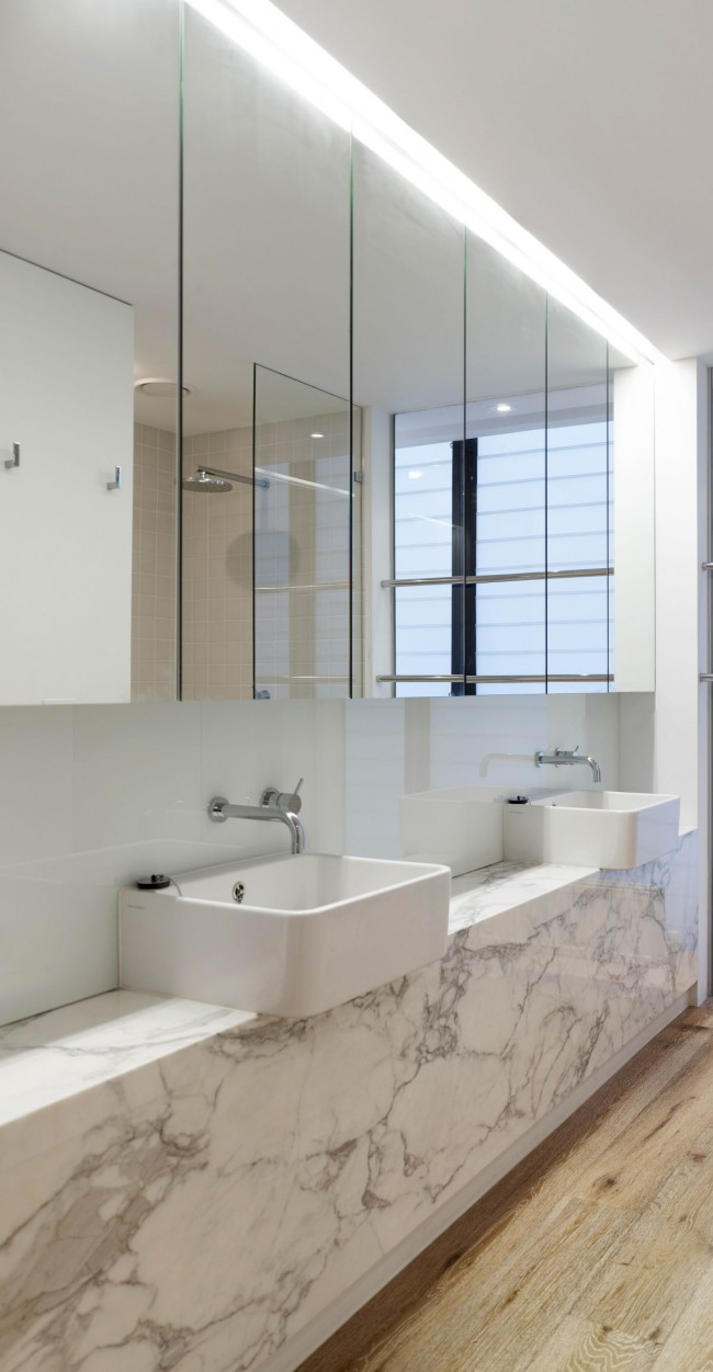 Good Residence House Interior Bathroom Design