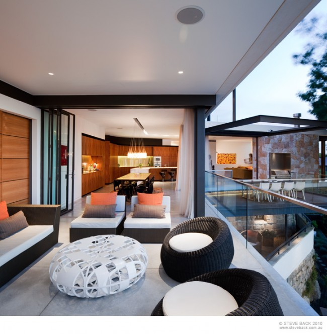 Sydney Based River House 29