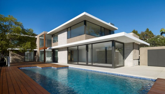 Attirant Modern Home Exterior With Swimming Pool