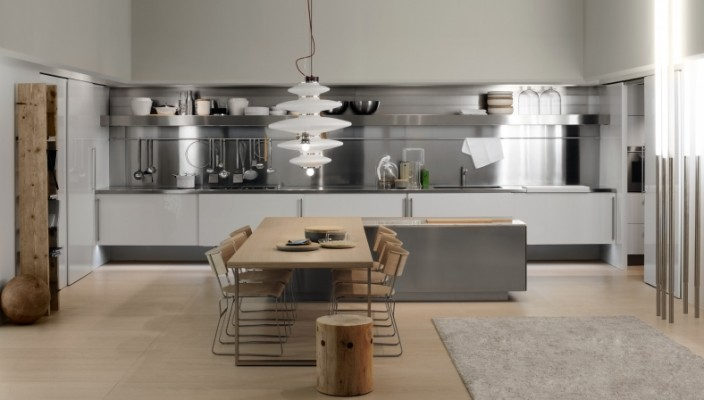 Steel themed interior kitchen idea