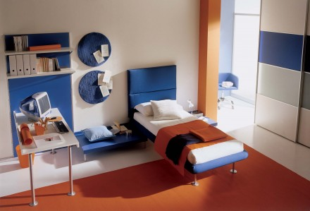 Blue / Orange Childrens Bedroom Interior Interior Ext