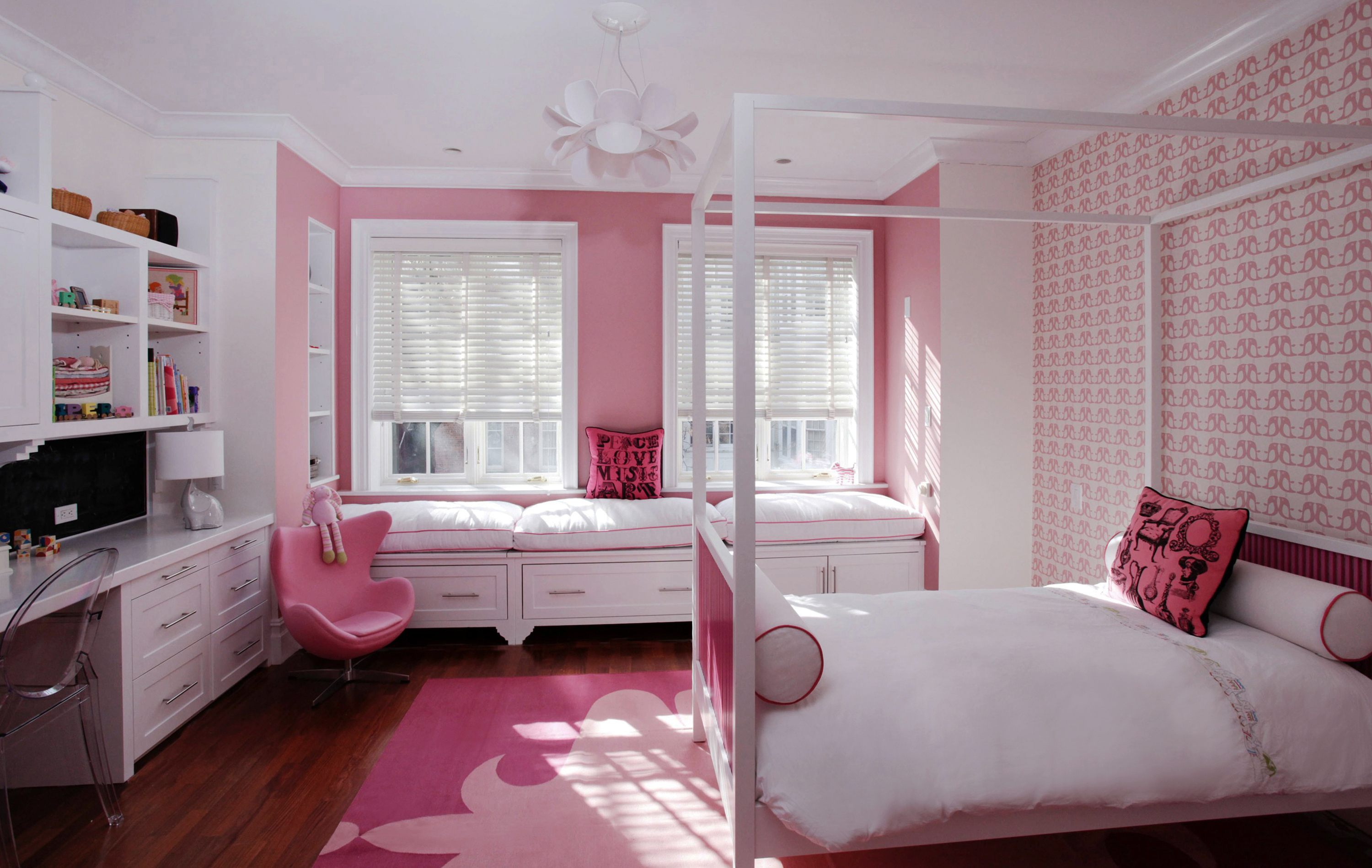 Interior design bedroom for teenage girls pink type for Pink teenage bedroom designs