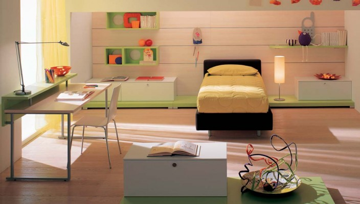 Bright kids Bedroom