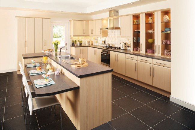 new england maple fitted kitchen
