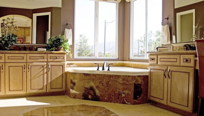 Beautiful and highly functional bathroom style