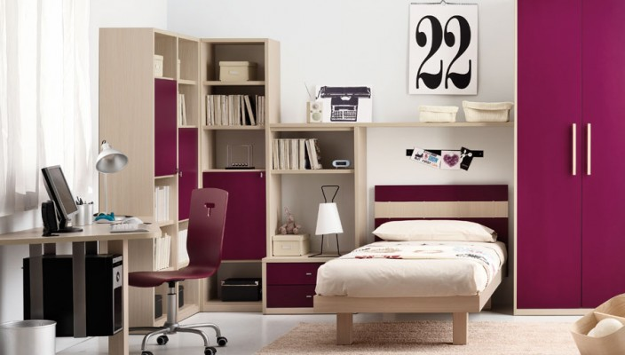 Carmine pink teen bedroom