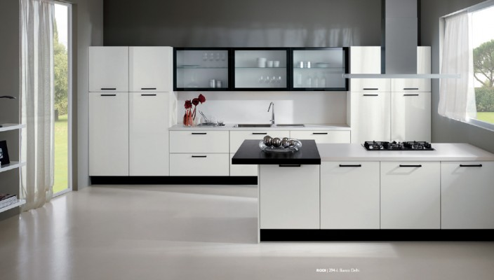 White Based Kitchen Concept with Smooth Finish