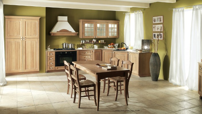 Traditional Solid Wooden Kitchen Setting