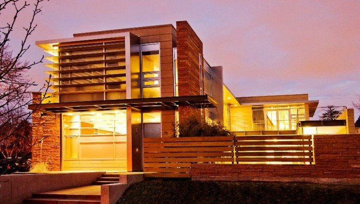 Ideal exterior plan for large modern homes