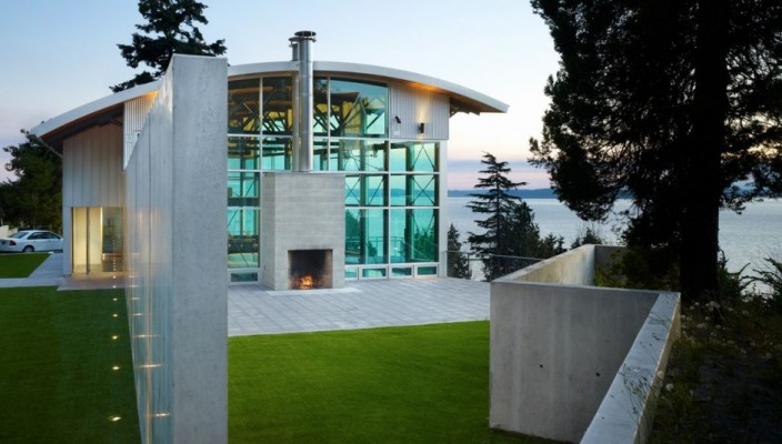 Ideal exterior plan for scenic locations