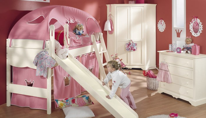 Pink and white themed interiors for modern girl's room